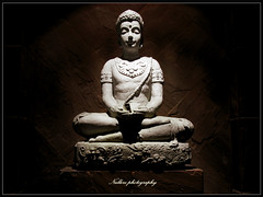 Thailand Budda (Nullerz) Tags: light photoshop dark thailand design boda thai phuket pattaya aplusphoto