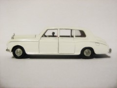 Dinky Toys Restoration - 'Heavenly Phantom' Rolls-Royce Phantom 5 Limousine: Model No. 152 - 2 of 8 (Kelvin64) Tags: cars car toy toys rollsroyce phantom dinky