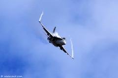 Finnish Air Force F/A-18C Hornet RIAT 2009 (xnir) Tags: tattoo canon photography eos israel is photographer force aviation air royal international hornet finnish 2009 nir riat  100400l benyosef 100400 fa18c xnir  photoxnirgmailcom