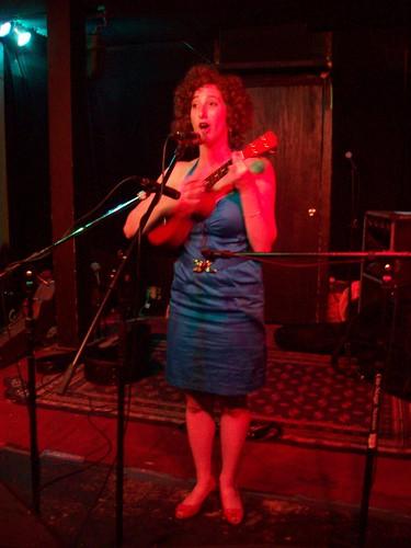 2009-08-22 Plucky Rosenthal with ukulele