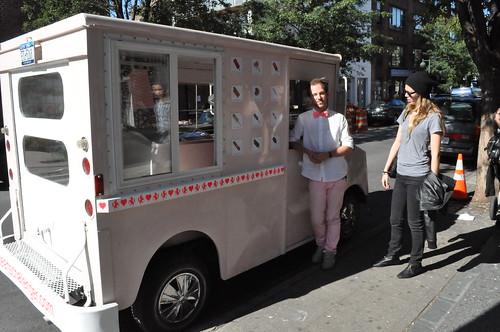 heartschallenger 'food' candy truck