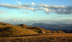Stabiata mountain... (sermatimati) Tags: italy parco countryside nikon italia tramonto country gps luce abruzzo sera pascoli bestiame geodesia appenninocentrale passodellecapannelle sermatimati montestabiata