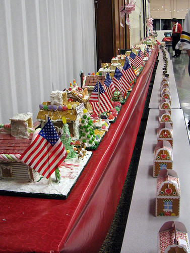 Patriotic Gingerbread Houses