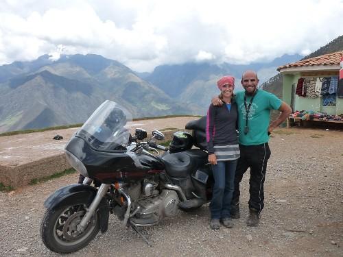 Dan Dan, the Harley man und seine Freundin