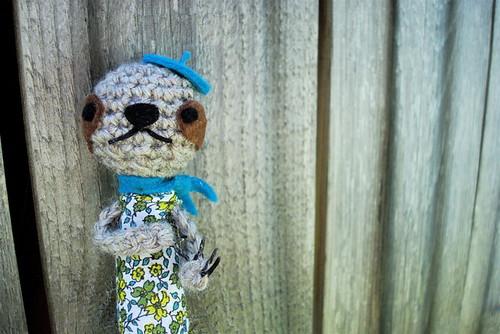 Sloth finger puppet