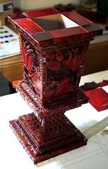 Satine top 7-07-2009 (Lin Schorr) Tags: red sculpture metal urn beads box mosaic stainedglass satine mosaicbox mosaicflowers linschorr