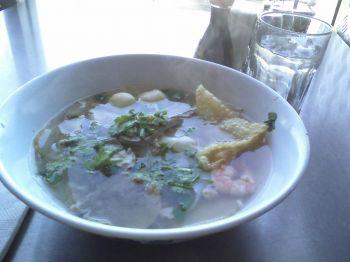 Sanamluang Noodles