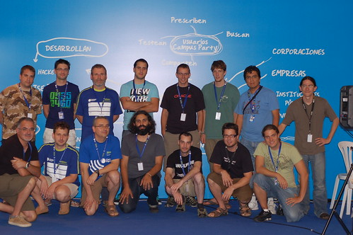 (cc) 2009 by D. Cuartielles, Campus Party - Arduino TV workshop