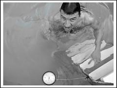 und das Auftauchen (sulamith.sallmann) Tags: people bw man berlin male wet water pool deutschland person wasser menschen sw mann thermometer deu challenger personen mensch nass xyz messen erfrischung feucht sulamithsallmann auftauchen peo0