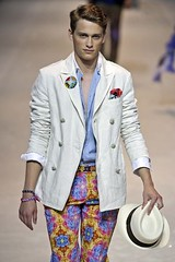 Oliver Altman305_SS10_Milan_ETRO(first VIEW)