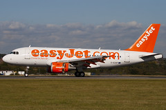 G-EZAP - 2777 - Easyjet - Airbus A319-111 (A319) - Luton - 091008 - Steven Gray - IMG_0019