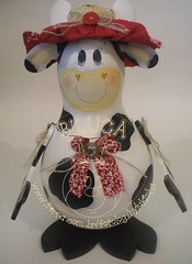 VAQUINHA TITINHA (BILUCA ATELIER) Tags: gourds vaca cabaas porongos biluca pinturaemcabaas vaquinhacow
