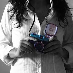 Diana F+ (*G@bry*) Tags: blackandwhite bw blancoynegro film me cutout blackwhite yo bn io dianaf biancoenero sonycybershotdscp200 lultimoacquistodianaf