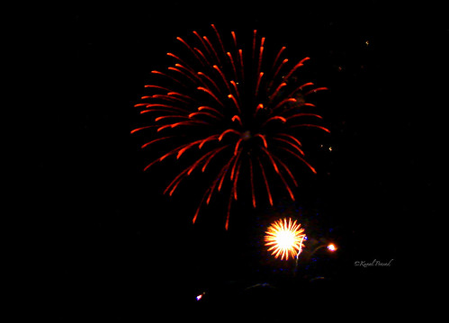 Clicking Fireworks 01