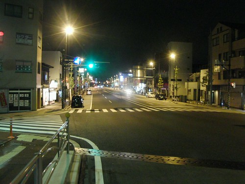 深夜の横須賀中央 - Blue-Period...