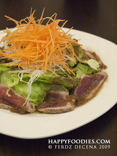 Green Salad with Seared Tuna (P250)