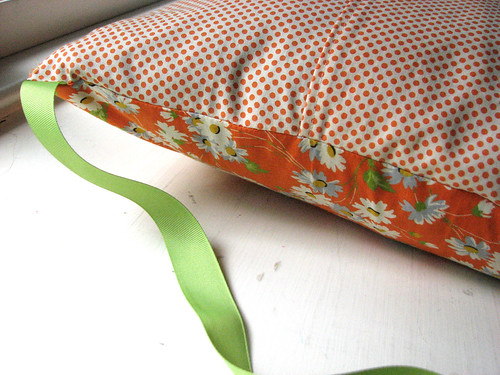 Envelope style pillowcase
