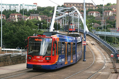 Sheffield Supertram 108 [Sheffield tram] (Howard_Pulling) Tags: uk bridge sheffield siemens tram trams stagecoach 108 strassenbahn supertram southyorkshire duewag duwag fitzalansquare sheffieldtrams sheffieldtram britishtrams pictureofsheffieldtrams picturesofsheffieldtrams sheffieldtrampictures picturesofthesupertram
