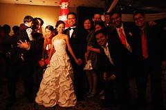 nakakaloka, bride and grrom lang maliwanag!. hehehe