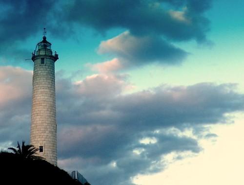 Faro de Punta de Calaburras