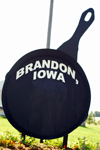Iowa's Largest Fryin' Pan