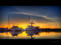 Meeting Angie.... (Jerimias Quadil) Tags: clouds marina reflections boats washington searchthebest cs2 angie mistress hdr everett cirrus calmwater photomatix perfectweather gorgeoussunset jerimaisquadil fairweatherrelationship