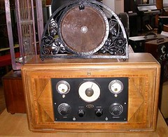 Radio Lux Radio (France)-r (Geher) Tags: france radio de son musée sound museums orgues yonne enregistrement barbarie cylindres tournedisques stfargeau limonaires magnétophones