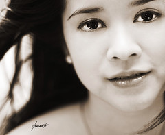 Angels (Tomasito.!) Tags: portrait woman nikon philippines beautifulwoman floods tomasito strobist nikond90