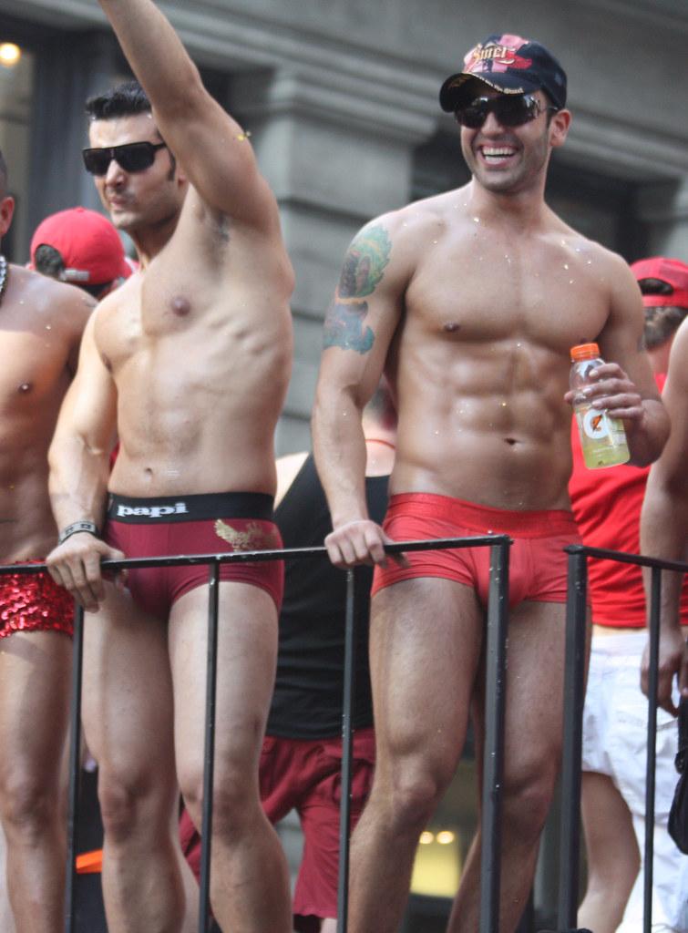 Sites proches de Vieux gay, papy gay et senior mature - rencontre suggar daddy gay