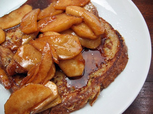 French Toast with Fried Apples