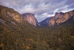Splendid view (Motographer) Tags: california park longexposure autumn sunset usa fall colors landscape nationalpark twilight sigma wideangle yosemite 1020mm motographer fotografikartz motograffer