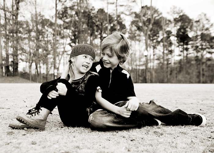 4175882285 1664c2e4d2 o Sibling love   BerryTree Photography : Canton, GA Child Photographer