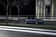BMW Z4 - Night (Amaury AML) Tags: auto lighting street light paris tree cars car sport night canon automobile voiture trail exotic german bmw z4 trocadero allemand amaury aml