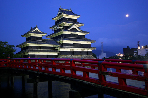フリー写真素材, 建築・建造物, 宮殿・城, 夜景, 月, 日本, 長野県,
