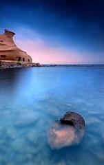 Cala Cocedores (SanchezCastillejo) Tags: azul atardecer mar 1020 roca cala cokin a700 castillejo sonyaplha cocedores