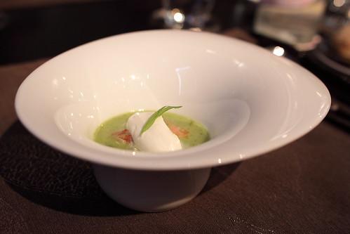 Soupe de courgettes aux homards et crème de jambon