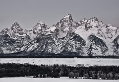 Frozen Sunrise, Grand Teton National Park, Wyoming (Coulter Sunderman) Tags: park winter mountain nature sunrise river landscape hole snake scenic grand jackson national wyoming teton tetons range crs 2011