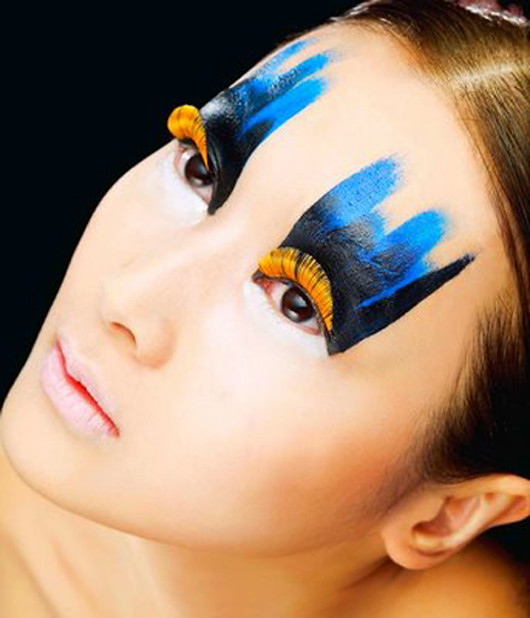 False-Eyelashes-Japanes-Style-Fashion 1