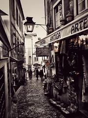 Sintra (mgkm photography) Tags: sintra portugal urban urbanphotography fotografiaurbana streetshot street streetphotography streettogs rua nikonphotography calle ilustrarportugal