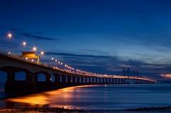 7 snake (Stu Meech) Tags: street bridge blue 35mm reflections lights twilight nikon soft long crossing stu motorway estuary severn hour nd second nikkor grad m4 meech cokin d40 expsoure 2stop
