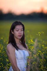 Tiff daydreaming in canola fields (Jim U) Tags: sunset portrait toronto yellow whitchurch goodwood canola uxbridge farmfield stoufville sonyhvlf56amflash mccowanroad sony900 minolta200mm28hsapog bloomingtonroad yorkregionalroad67 yorkregionalroad40