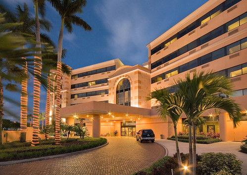 1 Doubletree West Palm Beach - Exterior