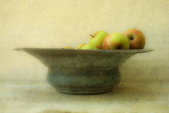 Apples and Bowl (violinconcertono3) Tags: france burgundy stilllife object fruit apples bowl texture antique