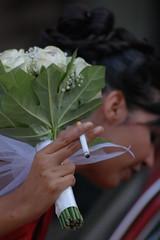 foto sposa sigaretta