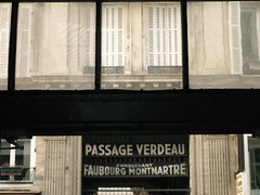 Passagenwerk (other photos inside) (ErogatoreDiSguardo) Tags: paris passages philosophy benjamin parigi azonzo lacapitaledelxixsecolo filosofiecitt parisdiehauptstadtdesxix
