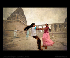 Happy children's day (Light and Life -Murali ) Tags: india texture kids temple happy ancient day celebration cheers childrens karnataka childrensday lepakshi girld tellmeastory happychildrensday img3026p2sc