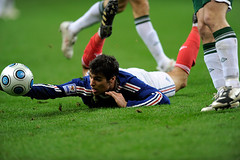 France v Ireland (toksuede) Tags: world ireland france cup sports sport foot football team nikon fussball soccer du national deporte mundial monde futbol nacional coupe mundo copa futebol equipe d3 2010 calcio nationale equipo qualifying qualifier yoann gourcuff