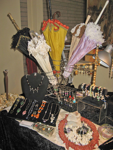 EtsyRain Holiday Craft Show Display