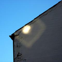 light sprite (pho-Tony) Tags: light detail sheffield sprite caustics lightandshadow caustic photozoa lightsprite