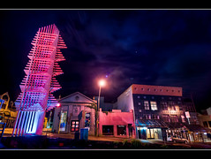 `Cause today it just goes with the fashion (Mark Solly (F-StopNinja)) Tags: street city longexposure pink blue sky sculpture dark steel wideangle illuminated nighttime shops galvanized broughamstreet newplymouth sigma1020mm filipetohi halamoana nikond90 boxsection